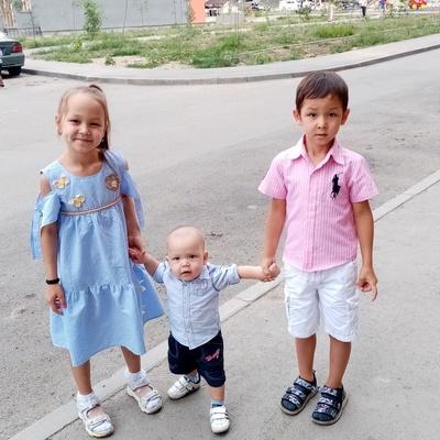 Ляйла Асанбаева, Алматы