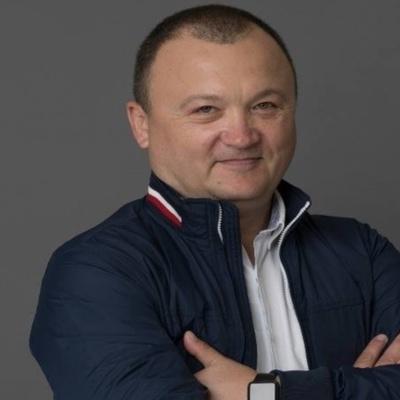 Виктор Лукашов