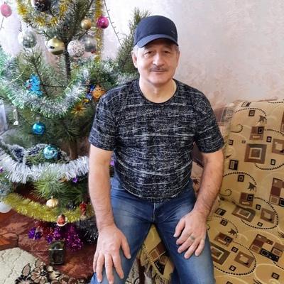Анатолий Каменев