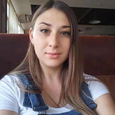 Юлия Романова, Луганск