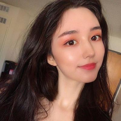 Tia Hwang