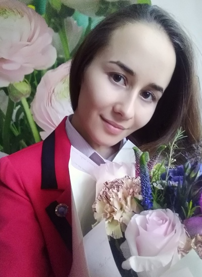 Сюмбеля Хайруллина, Санкт-Петербург