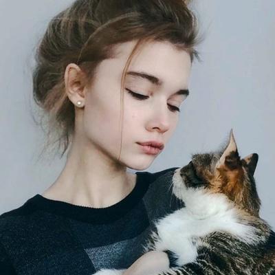 Маша Никольская