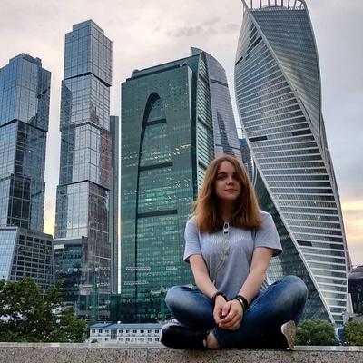 Анна Пеканова, Москва