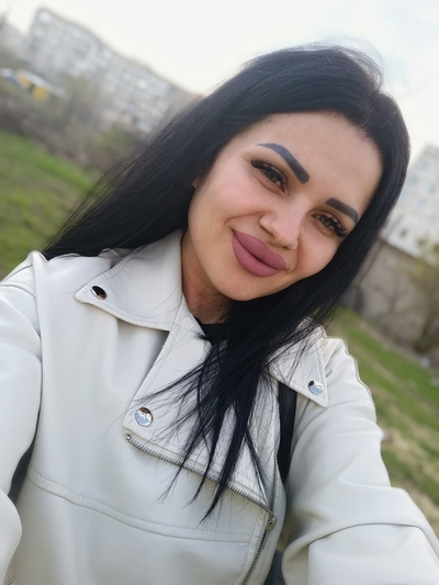 Lora Vlasova