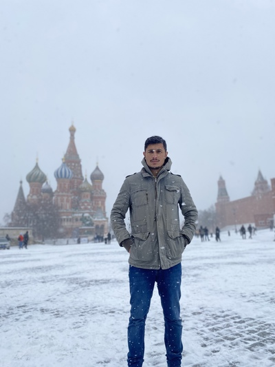 H'asan A'ktas, Москва