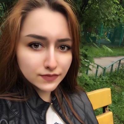 Зарина Нозимова, Грозный