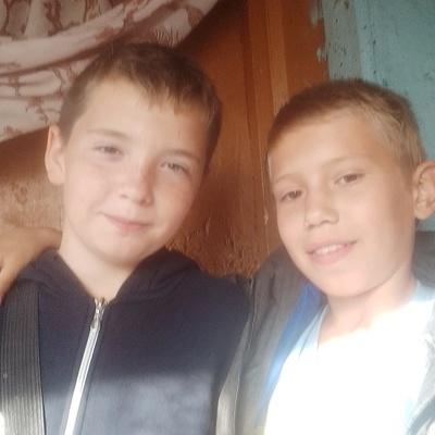 Артём Печёнкин