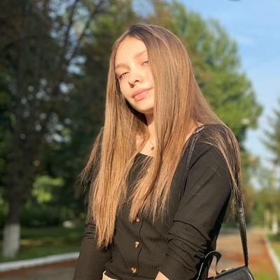 Евгения Петренкова