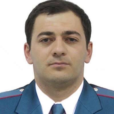 Али Умаров