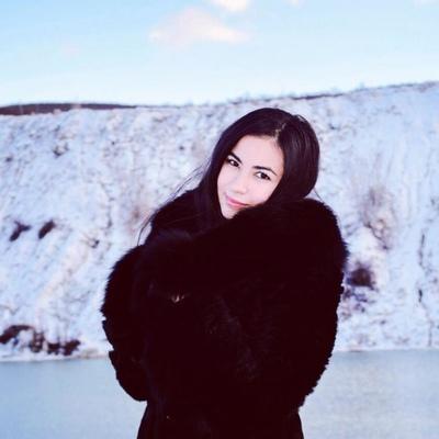 Эльмира Шестакова, Москва