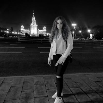 Полина Чеботарева, Санкт-Петербург