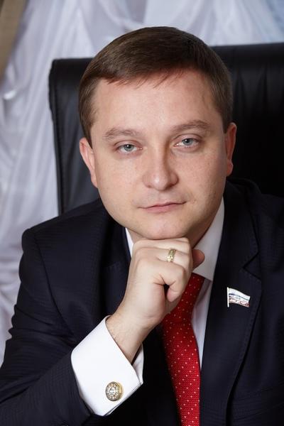 Роман Худяков, Москва
