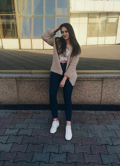 Elina Bobrova