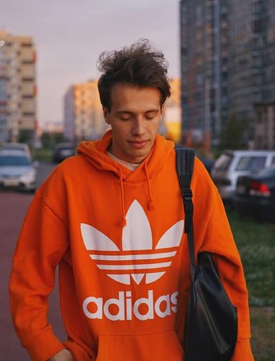 Илья Арятиков, Санкт-Петербург
