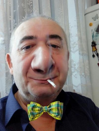 Владимир Густов