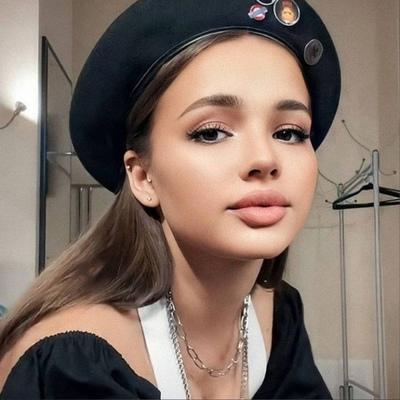 Валентина Карнаухова, Москва