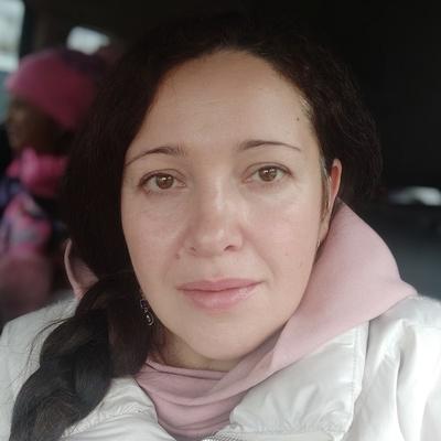 Лола Соловьева, Москва
