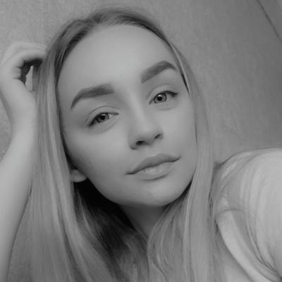 Яна Лаврушина, Омск