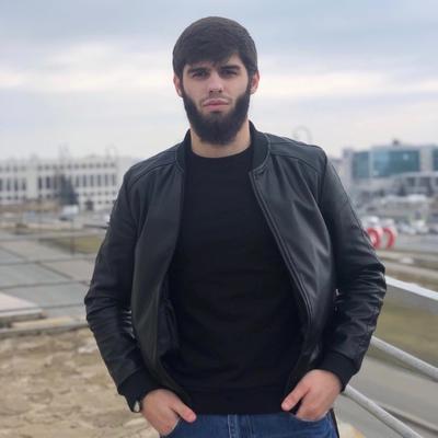 Махмуд Оздоев, Казань