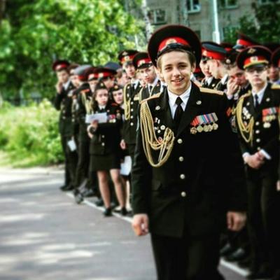 Леонид Комаров
