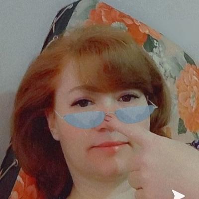 Алена Артамонова