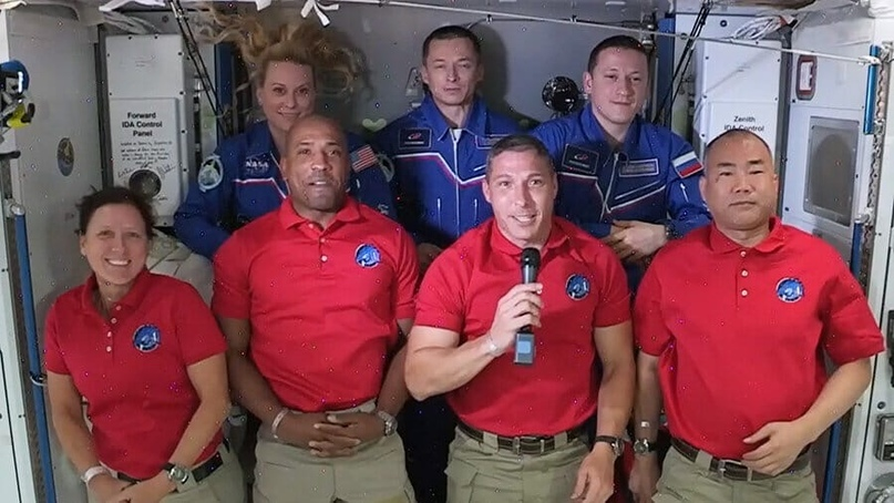 ⚡️Миссия SpaceX Crew-1: астронавты успешно доставлены на МКС!
